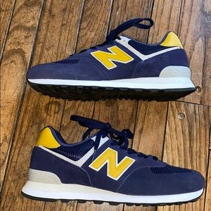 New Balance Navy Blue and Yellow Sneakers